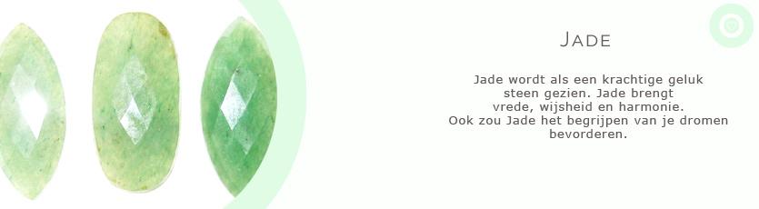sieraden met edelsteen jade met uitleg van de spirituele betekenis